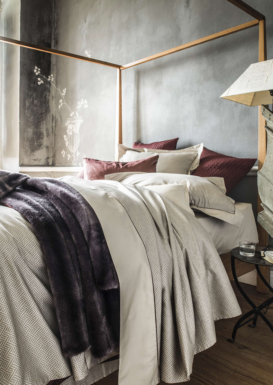 Interior Brand of The Week: Alexandre Turpault Interior Design Brand Interior Design Brand of The Week: Alexandre Turpault Alexandre Turpault Santos a sateen bedding