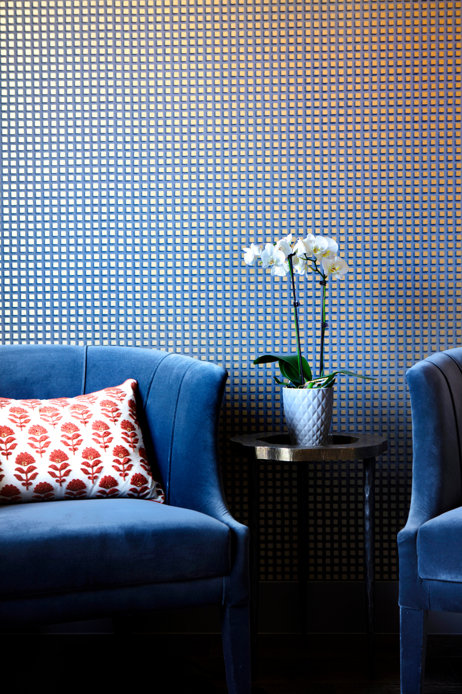 Etch-Design-Group-Eclectically-Edgy-Residence-Featuring-BRABBU etch design group Etch Design Group: Eclectic Residence With Upholstered Furniture Etch Design Group Eclectically Edgy Residence Featuring BRABBU 3