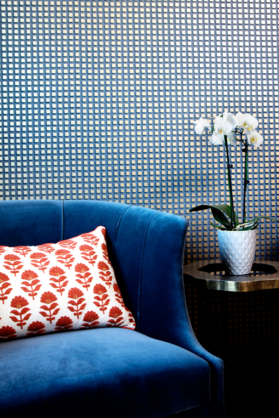 Etch-Design-Group-Eclectically-Edgy-Residence-Featuring-BRABBU etch design group Etch Design Group: Eclectic Residence With Upholstered Furniture Etch Design Group Eclectically Edgy Residence Featuring BRABBU 5