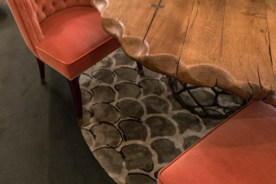 There is nothing wrong with sharp lines and shapes. It is definitely a 2019 trend for home accessories. Have a look on this article and find all the trends at Maison et Objet upholstery fabrics Maison et Objet Sept: The Best Fall Trends For Upholstery Fabrics Maison et Objet September The Best Fall Trends For Your Upholstery Fabrics