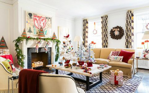 The Best Pillows for your Christmas Decor