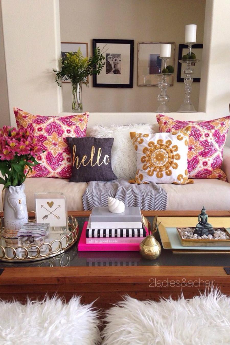 Upholstery Fabrics Inspiration: How to Style with Decorative Pillows upholstery fabrics inspiration Upholstery Fabrics Inspiration: How to Style with Decorative Pillows Upholstery Fabrics Inspiration How to Style with Decorative Pillows3