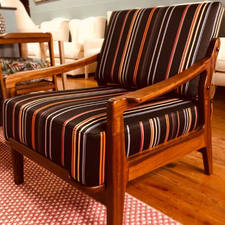 Raul Lamarca - Leading Upholstered Furniture in Spain raul lamarca Raul Lamarca – Leading Upholstered Furniture in Spain Raul Lamarca Leading Upholstered Furniture in Spain 4